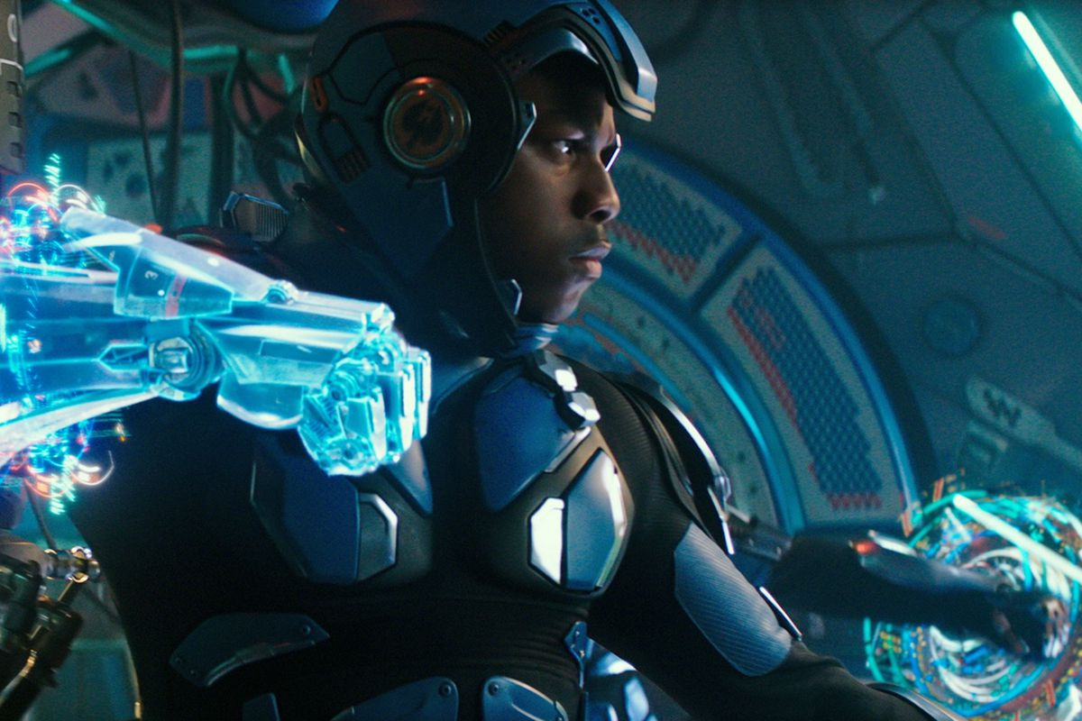 Pacific Rim: Uprising สนใจเฉพาะการต่อสู้ของหุ่นยนต์ยักษ์